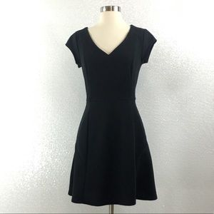 New Merona Black Fit to Flare Dress Size Small